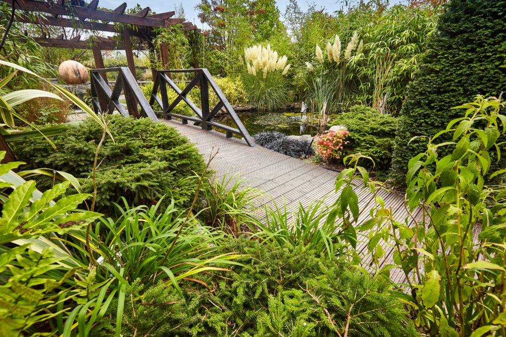 5 senses garden